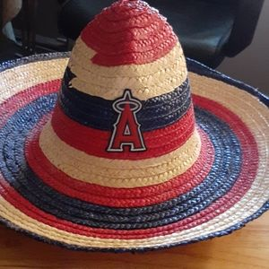 Angels t-shirt and Sombrero hat